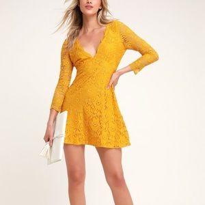 NWT Lulu's Three-Quarter Sleeve Lace Dress Medium